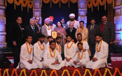 '141ST श्री बाबा Harivallabh संगीत सम्मेलन' की Inaugaural  23-12-16 पर
