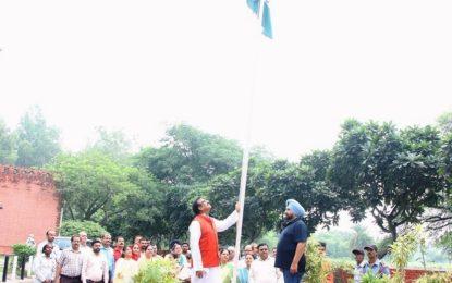सेलिब्रेशन ऑफ इंडिपेंडेंस डे  कलाग्राम, मनीमाजरा, चंडीगढ़