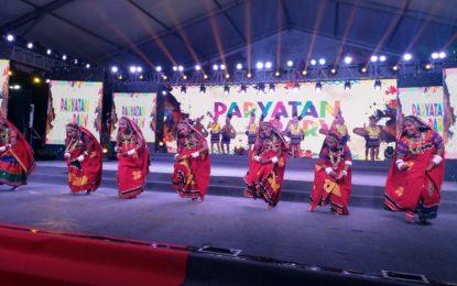 राजपथ लॉन्स, नई दिल्ली में आयोजित पैरायातन परव के 8 दिन की झलक